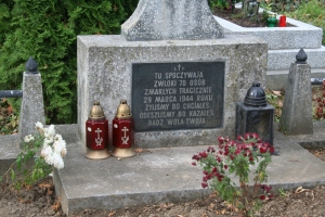Common Grave Kosow