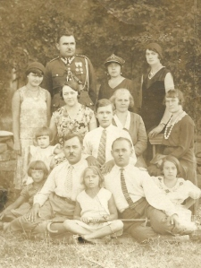 Mama's family photo